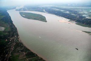 23092016_Mekong Delta islets losing farmland to serious erosion